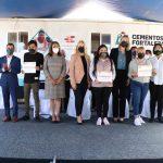 """Se gradúan trabajadores de Huixquilucan con aula móvil """"Construyendo y Creciendo"""""""